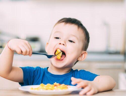 Deglución disfuncional: ¿Qué es? Causas y consecuencias en el habla de los niños